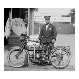 Henderson Police Motorcycle, 1922 Poster