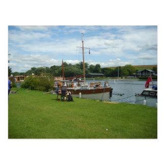 Henley on Thames, Beside the Thames Postcard