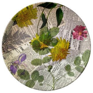 "Herbarium 10.75"" Decorative Porcelain Plate"