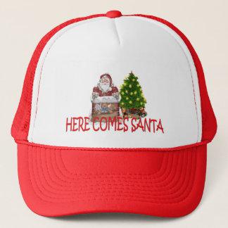 HERE COMES SANTA TRUCKER HAT