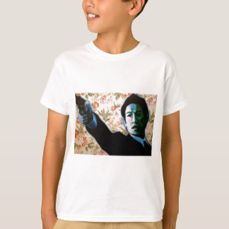 """""""He's in Your Living Room"""" by Axel Bottenberg T-Shirt"""