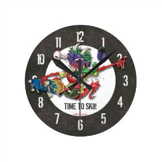 Heure de faire de la planche à roulettes motif con horloge ronde