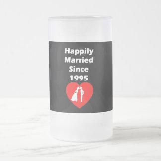 Heureusement marié depuis 1995 mug en verre givré