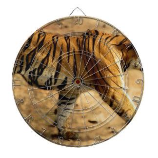 Hi-Res Tigres Stalking Dartboard