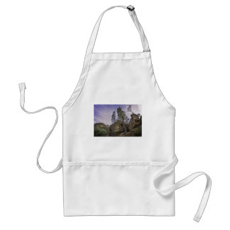 High Peaks Trail View Standard Apron
