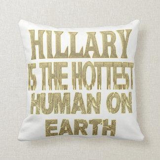 Hillary Pillow