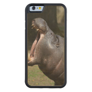 Hippo Carved® Maple iPhone 6 Bumper Case