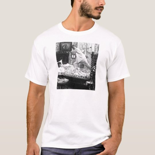 His Golf Dream is Her Golf Nightmare Vintage T-Shirt