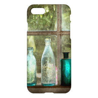 Hobby - Bottles - It's all about the glass iPhone 8/7 Case