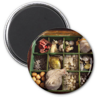 Hobby - Game - The bandit's game 2 Inch Round Magnet