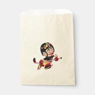 HOCKEY PLAYER CARTOON   bag Ecru Favor 2