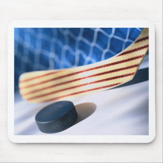 HOCKEY STICK AND PUCK MOUSE PAD
