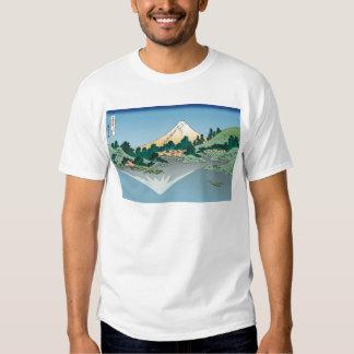 Hokusai Mount Fuji reflects in Lake Kawaguchi T Shirts