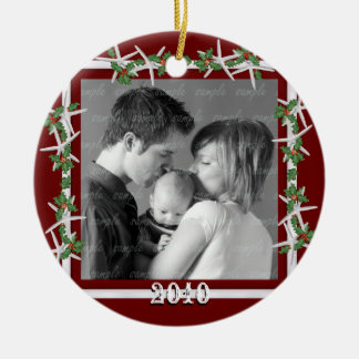 Holly and Starfish Red Family Photo Frame Round Ceramic Ornament