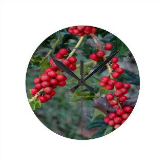 Holly berry round clock