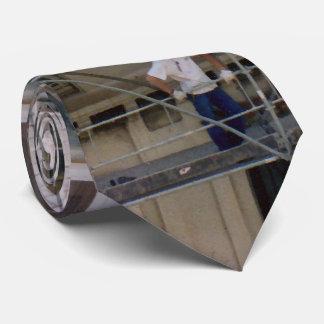 Hommes sur l'échafaudage cravates customisées