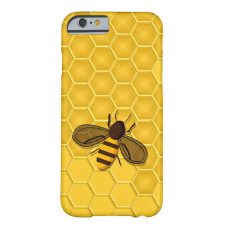 Honeybee on a Gold Honeycomb iPhone 6 case