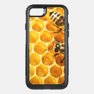 Honeycomb and Bees Pattern Design OtterBox Commuter iPhone 8/7 Case