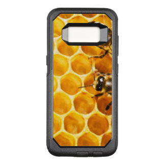 Honeycomb and Bees Pattern Design OtterBox Commuter Samsung Galaxy S8 Case