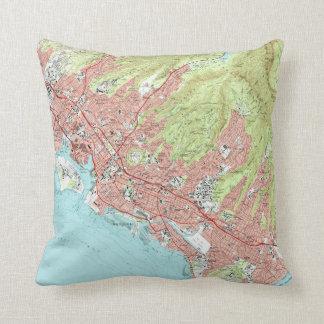 Honolulu Hawaii Map (1983) Throw Pillow