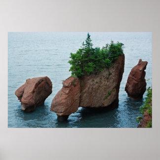 Hopewell rocks - New Brunswick Poster