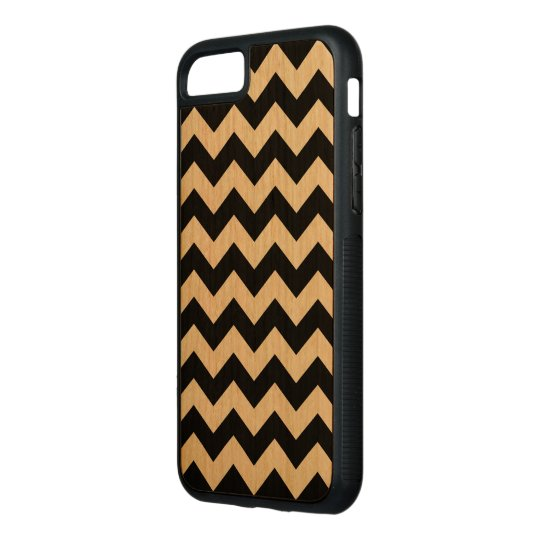 Horizontal Black and Transparent Zigzag Carved iPhone 8/7 Case