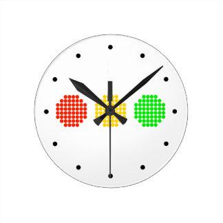 Horizontal Dot Stoplight Colors Round Clock