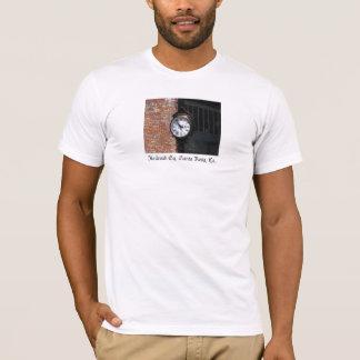 Horloge - chemin de fer Santa Rosa carré, CA T-shirt