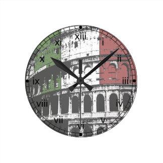 Horloge murale ronde romaine de Colisé et de drape