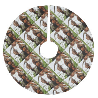 Horned Goat Grazing Brushed Polyester Tree Skirt