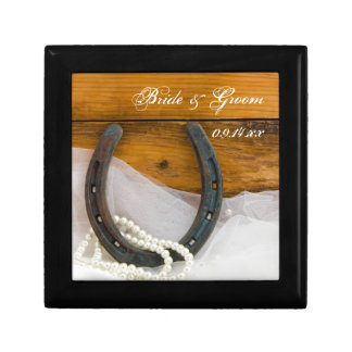 Horseshoe and Pearls Country Wedding Gift Box