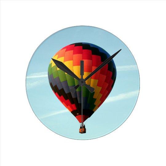 Hot air balloon aloft round clock