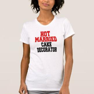 Hot Married Cake Decorator T-Shirt