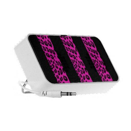 Hot Pink Leopard Stripes Travel Speaker
