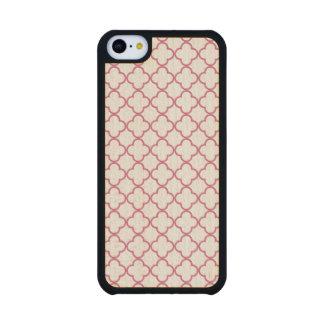 Hot Pink Quatrefoil Pattern Carved® Maple iPhone 5C Slim Case