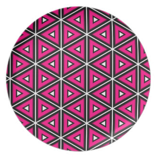 Hot pink triangles plate