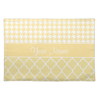 Houndstooth and Quatrefoil Yellow and White Placemat