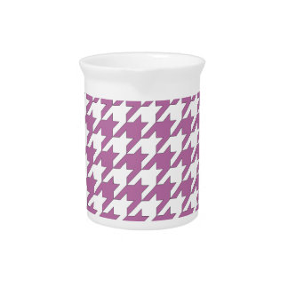 houndstooth bodacious and white pitcher