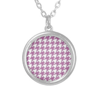 houndstooth bodacious and white silver plated necklace