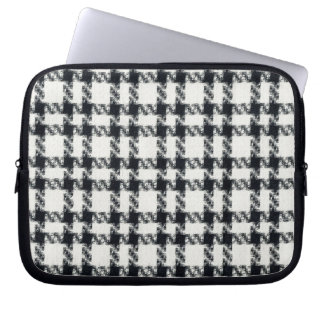 Houndstooth Computer Sleeves