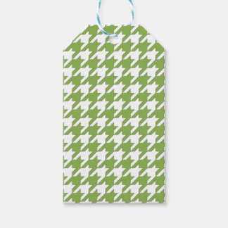 houndstooth greenery and white gift tags