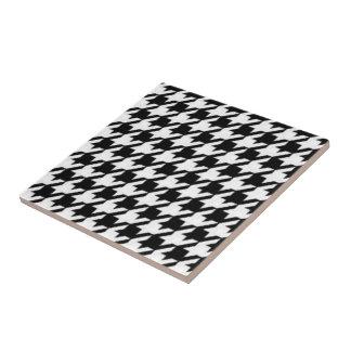 Houndstooth tile