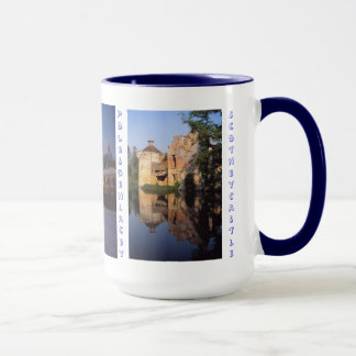 House-and-castle mug