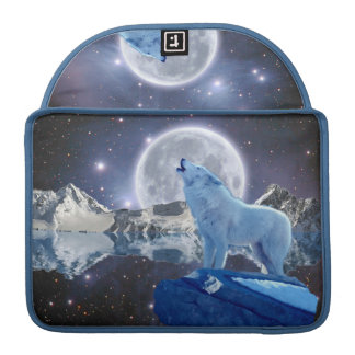 Howling Arctic Wolf & Moon MacBook Flap Sleeve