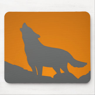 Howling wolf mousepad