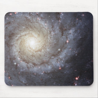 "Hubble ""grand design spiral galaxy M74 "" space Mouse Pad"