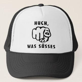 huch, was suesses trucker hat
