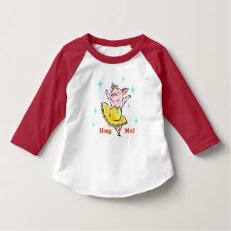 Hug me! Ballerina T-Shirt