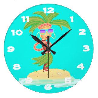 Hula Palm round clock