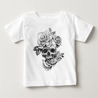 Human skull and roses black ink drawing baby T-Shirt